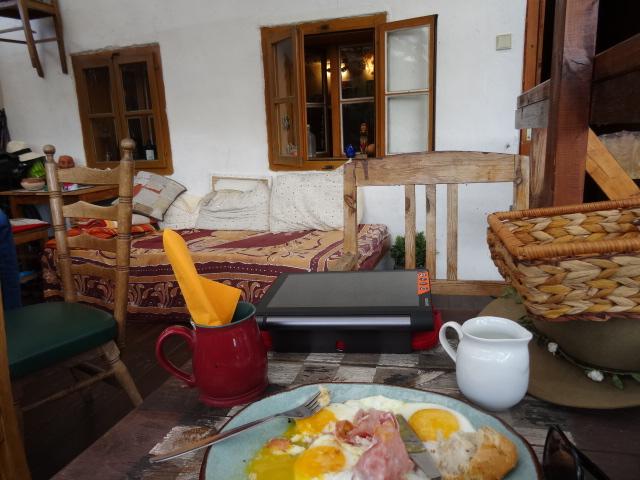 Breakfast At Hostel Skippy