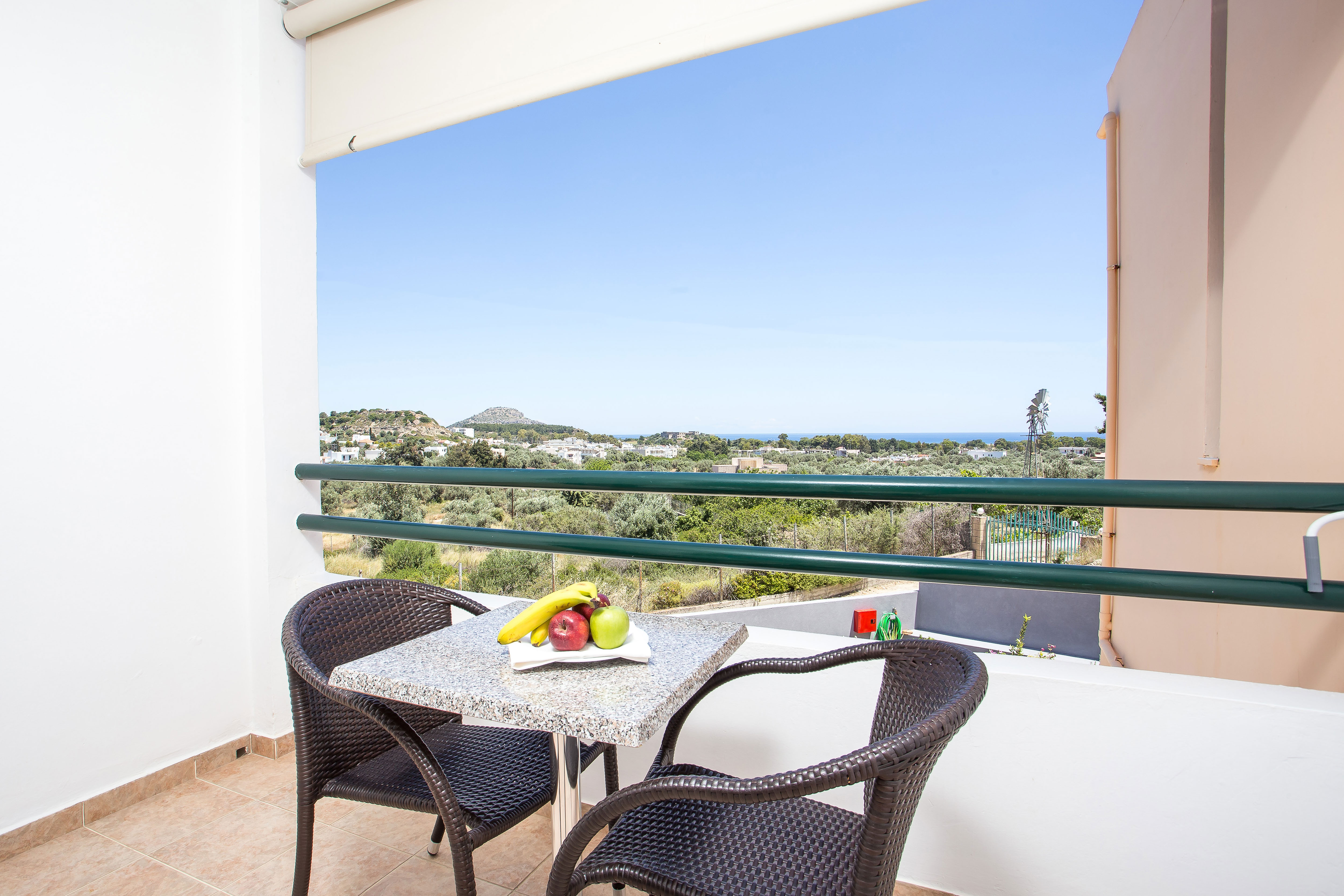 Seaviews from first floor rooms